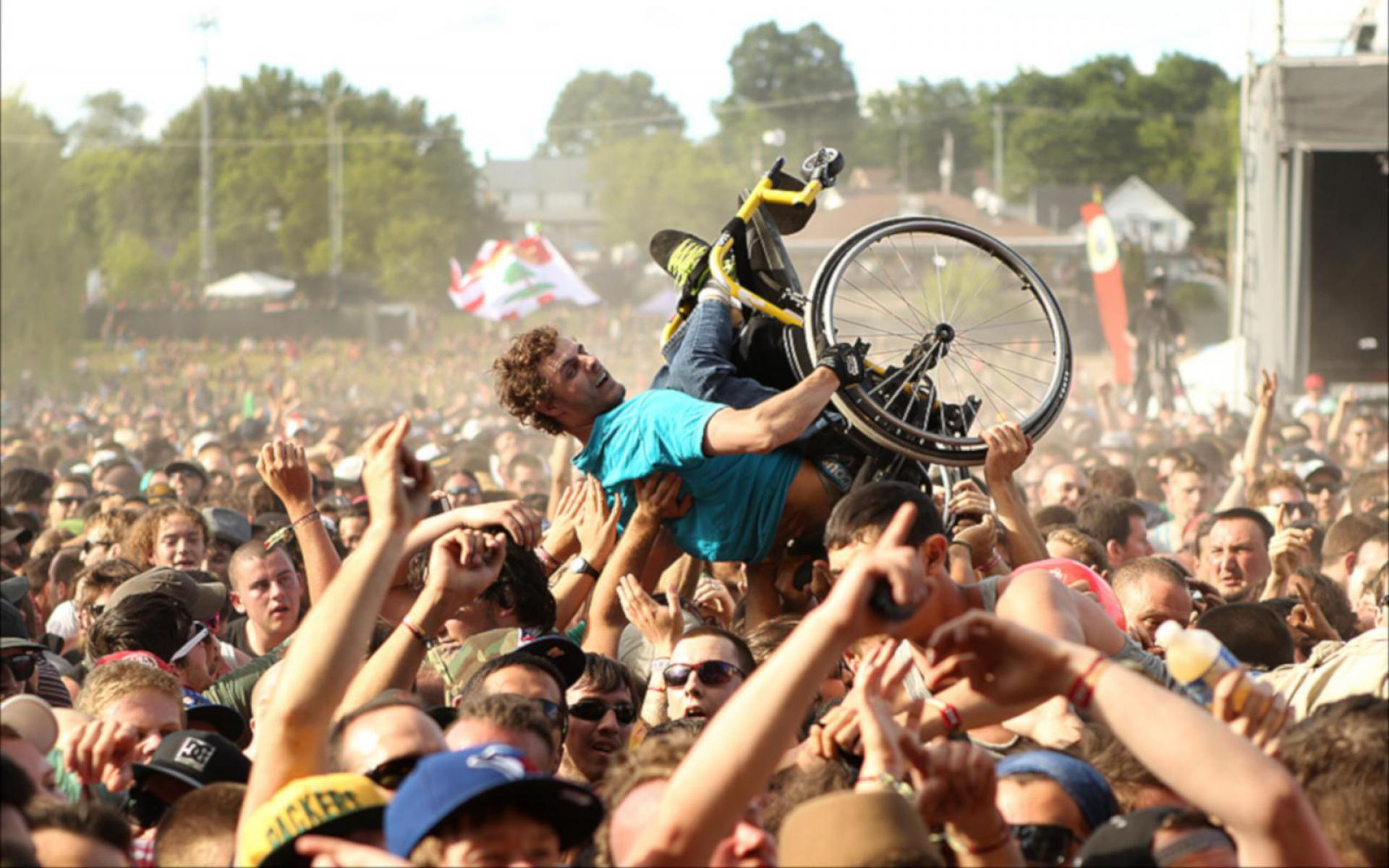 Wheelchair Crowdsurfer